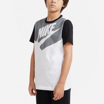 Koszulka Nike Sportswear Big Kids' (Boys') T-Shirt DC7511 100