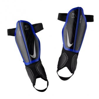Nagolenniki Nike Protegga Flex J SP0314 015
