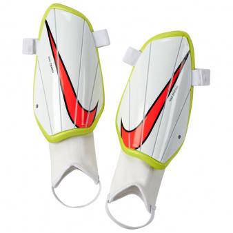 Nagolenniki Nike Charge SP2164 104
