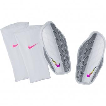 Nagolenniki Nike Protegga Pro SP0315 104