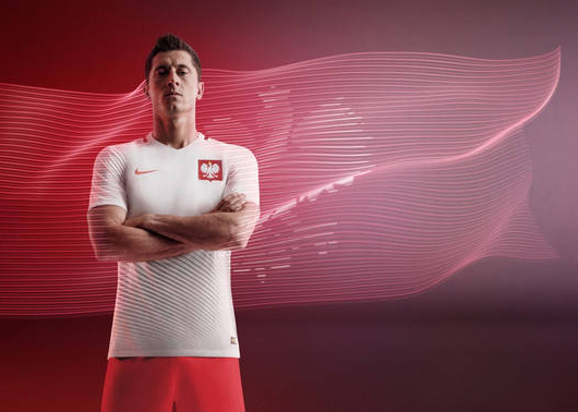 NIKE_ROBERT_LEWANDOWSKI